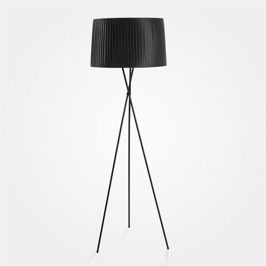 Beducht Moderne Led Floor Lights Verticale Art Nachtkastje Slaapkamer Woonkamer Led Vloerlampen Stof Sofa Driepotige Staande Lamp Armaturen