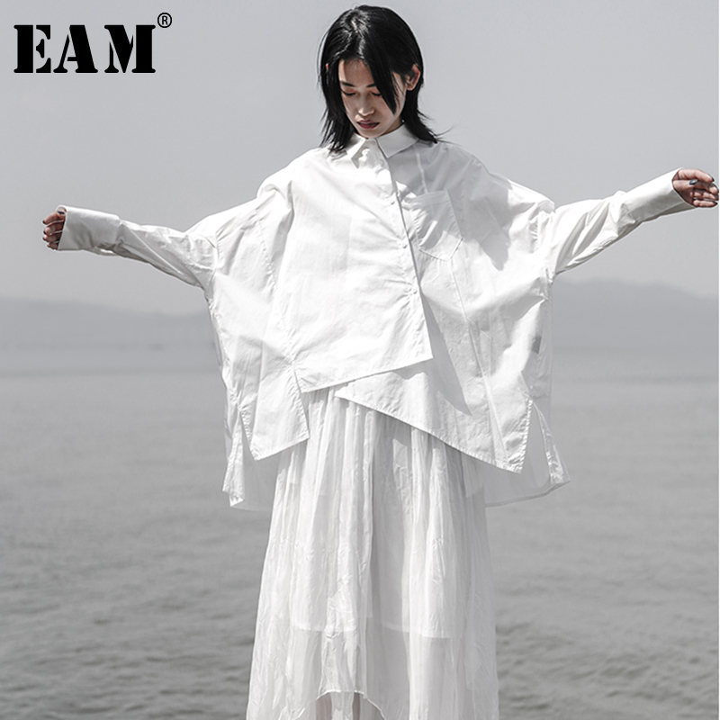 [EAM] 2019 nouveau printemps été revers à manches longues blanc lâche Oversize irrégulière lâche chemise femmes Blouse mode marée JS921
