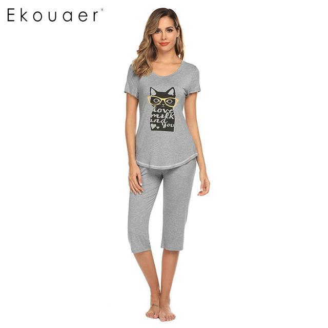 Ekouaer 女性ナイトウェアパジャマセット O ネック半袖プリントトップハーフパンツ夏パジャマスーツ女性ホームウェアの服