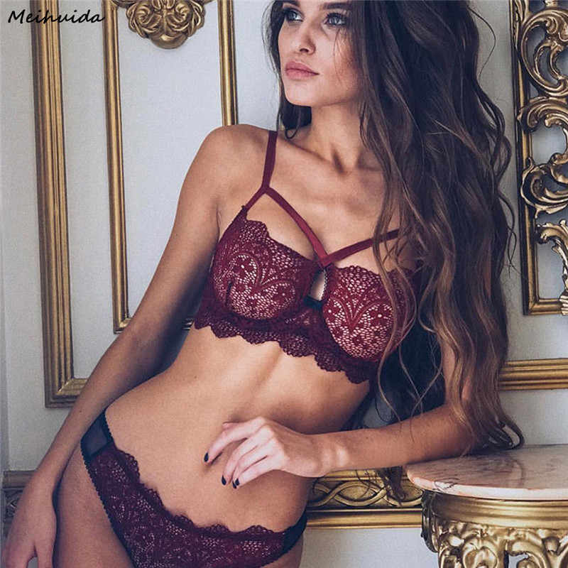 0fee9a1704 Sexy New Women Underwear Bra Set Sexy Lingerie G-string Nightwear Lace  Pajama Sets Clothes