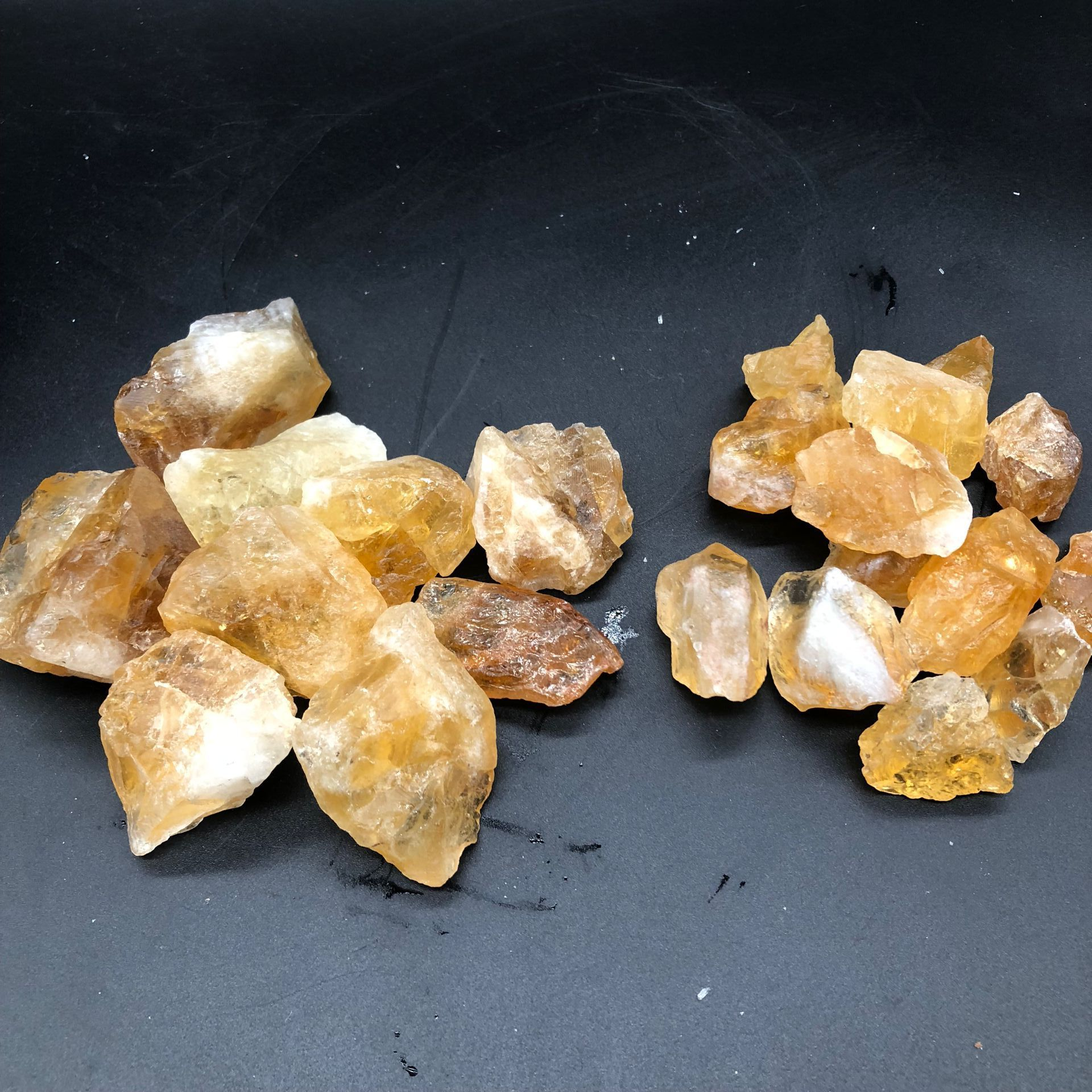 100g natural Brazilian citrine original stone with large particles of gravel for Buddha Qibao Manza degaussing ornaments in Stones from Home Garden