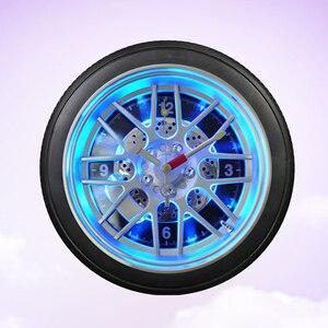 Image 2 - 1 шт. часы точное украшение задсветильник ка Питание от батареи часы из ПВХ форма шины часы для бара настенное украшение для дома