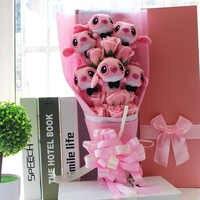 Bonitos juguetes de peluche de dibujos animados Stitch festivales ramo de regalo con flores falsas para el Día de San Valentín fiesta de boda decoración