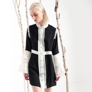 Image 2 - [EAM] 2020 nowa wiosna lato Ruffeled kołnierz długi, rozszerzony rękaw Hit kolorowy plisowana biała luźna sukienka kobiety mody fala YC001