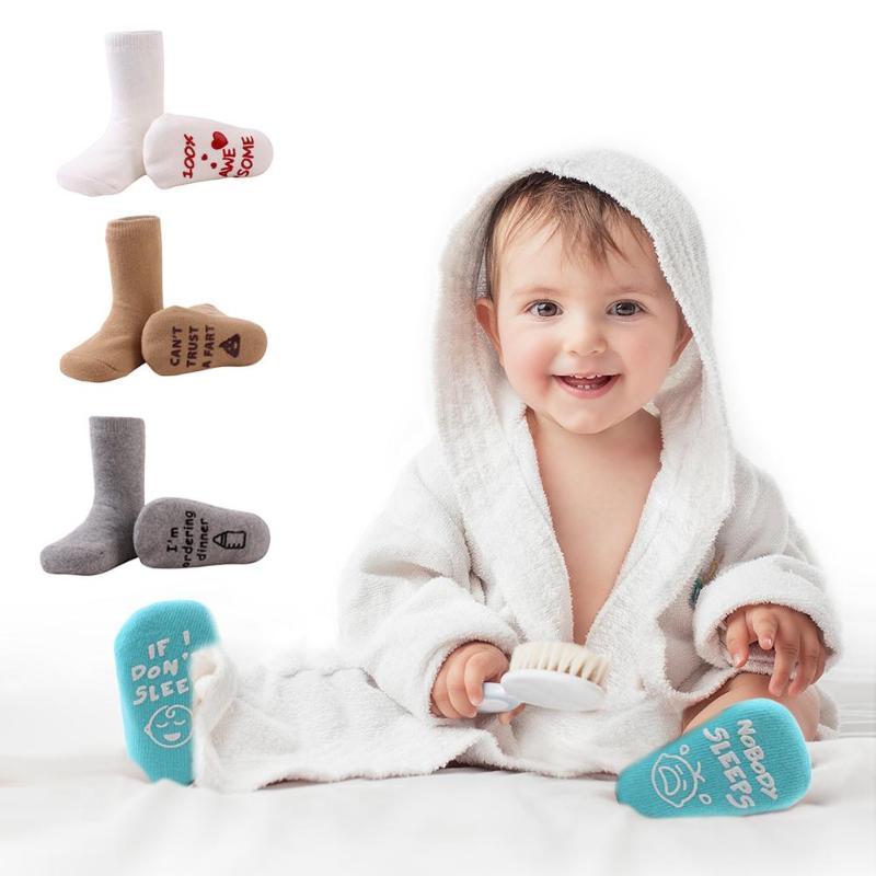 ZuverläSsig Cartoon Unisex Englisch Buchstaben Gedruckt Baumwolle Socken Nicht-slip Warme Strumpf