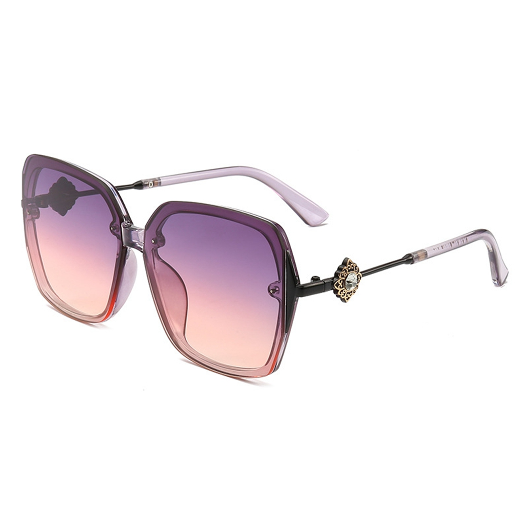 7 Color Women Fashion PC Lens Sunglasses Big Box Metal Frame Sunglasses Gradient Shade Ladies Sunglasses Summer Essential