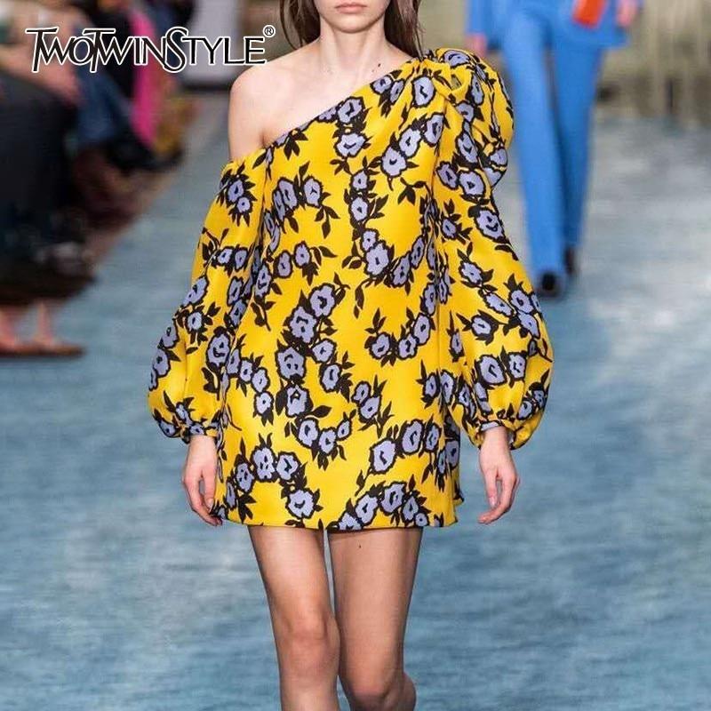 TWOTWINSTYLE Vintage Print One Shoulder Women For Dress Puff Sleeve High Waist Mini Dresses Femasle 2019