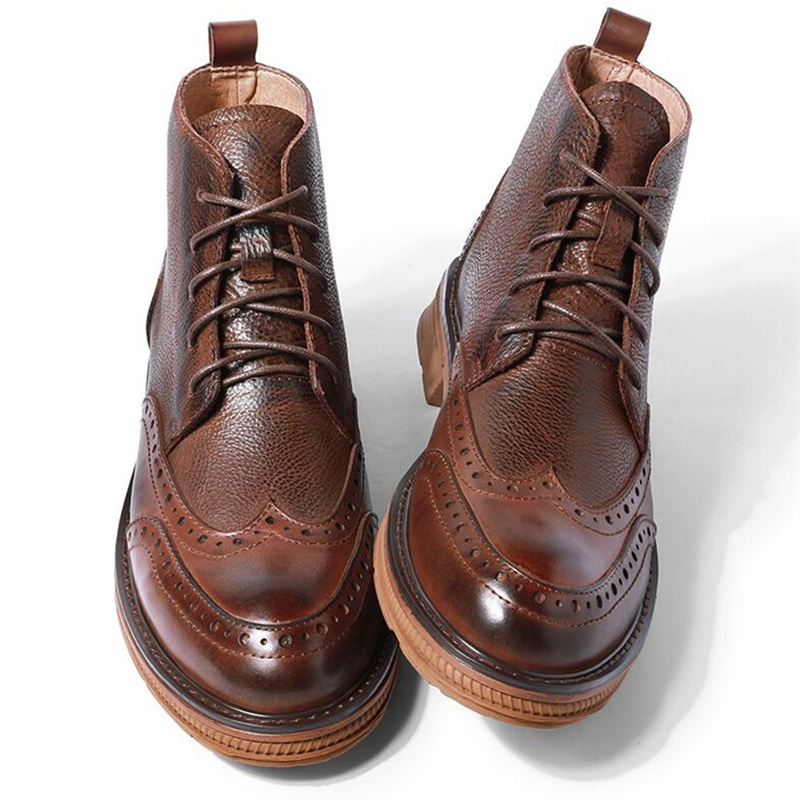 Retro Brogue Shoes Men Fretwork Wing Tips Boots Full Grain Leather Lace Up Winter Riding Boots Four Seasons New Arrival