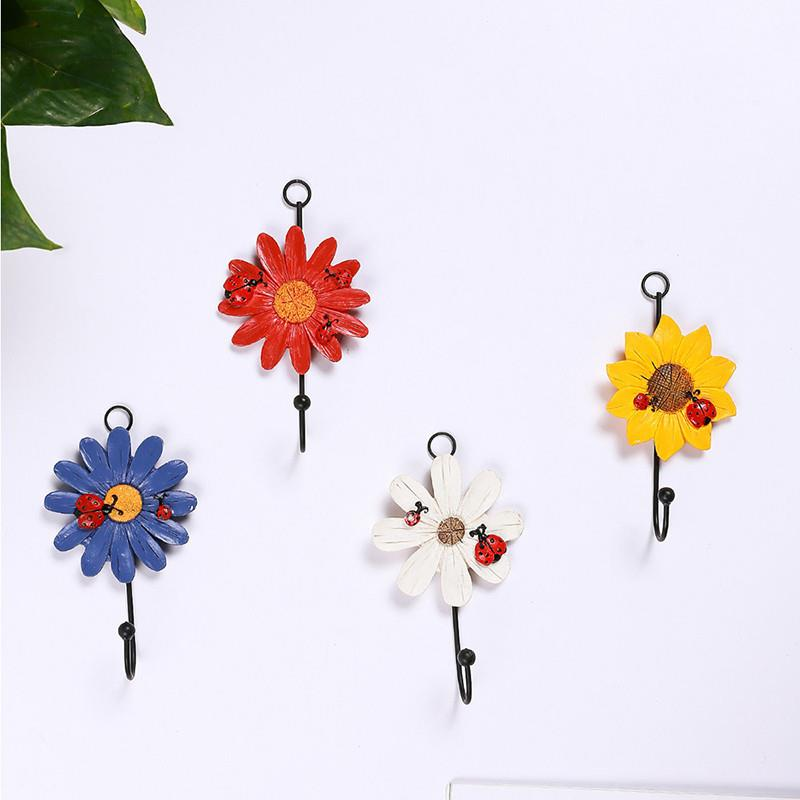 1pc Flower Shape Storage Hook Creative Iron Key Hanger Rack Decorative Clothes Holder Wall Hook Kitchen Organizer High Quality