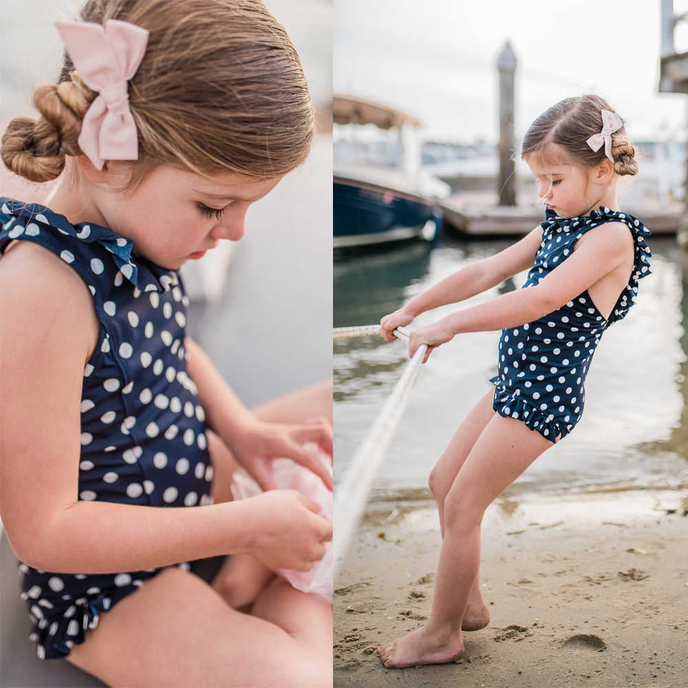 83ea3fda95 ... Family Matching Bikini Mother Daughter Son Swimwear 2019 Summer Women Baby  Boy Girl One-piece ...