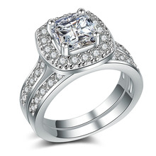 Huitan 2PC Wedding Ring Set with Princess Cut Cubic Zirconia Prong Setting Fashion Engagement Promise Rings for Women&Girlfriend