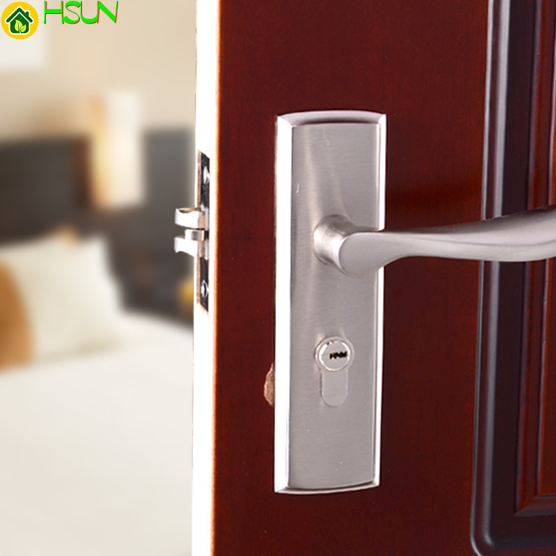 Indoor single tongue lock bedroom door lock bathroom machinery silver handle lockIndoor single tongue lock bedroom door lock bathroom machinery silver handle lock