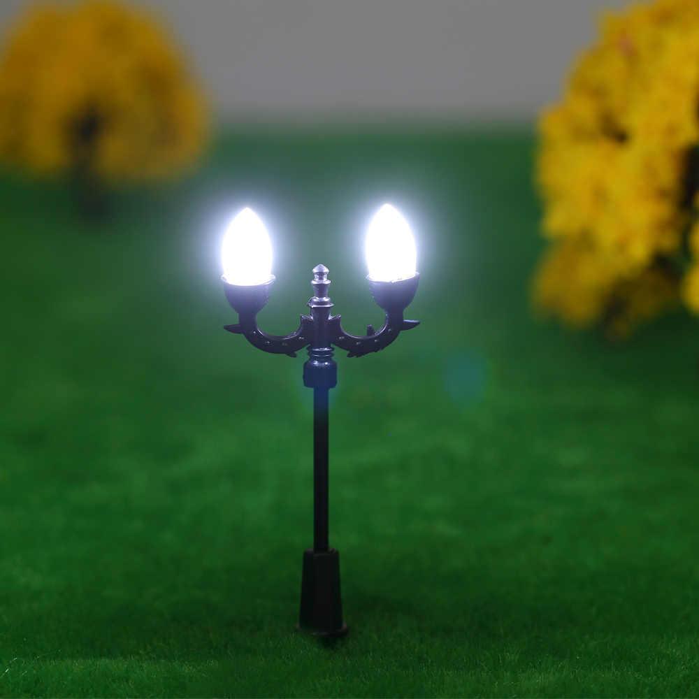 20 sztuk biały Model światła uliczne układ latarni pociąg ogród plac zabaw dla dzieci dekoracje lampa Led oświetlenie w skali 1:100 70mm