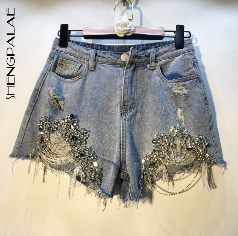 SHENGPALAE 2019 Summer Spring European High Quality Diamond Beads Chain High Waist Holes Cowboy Fashion Shorts Woman FN167
