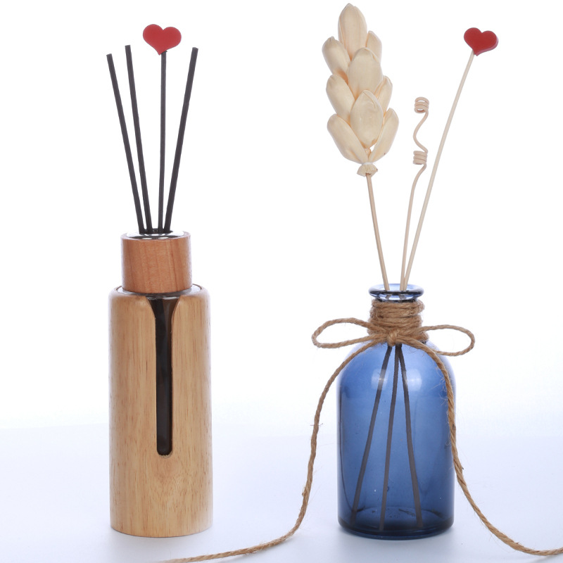 Lychee Life 5pcs Red Heart Wooden Reed Diffuser No Fire Aroma Diffuser Sticks Home Fragrance Aromatherapy Room Decoration