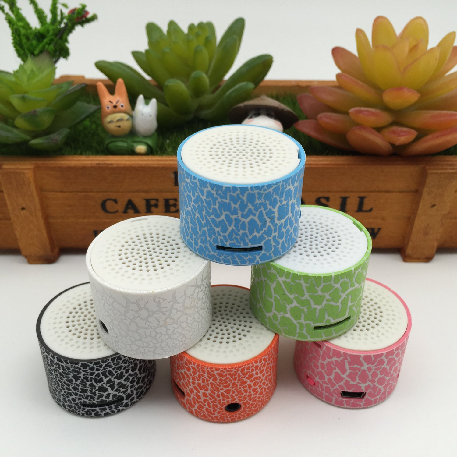 Portable Mini Stereo Speaker Small Loudspeaker Hand-Free Mic TF SD Card U Disk MP3 High-Definition Sound MP3 Music Player Cand
