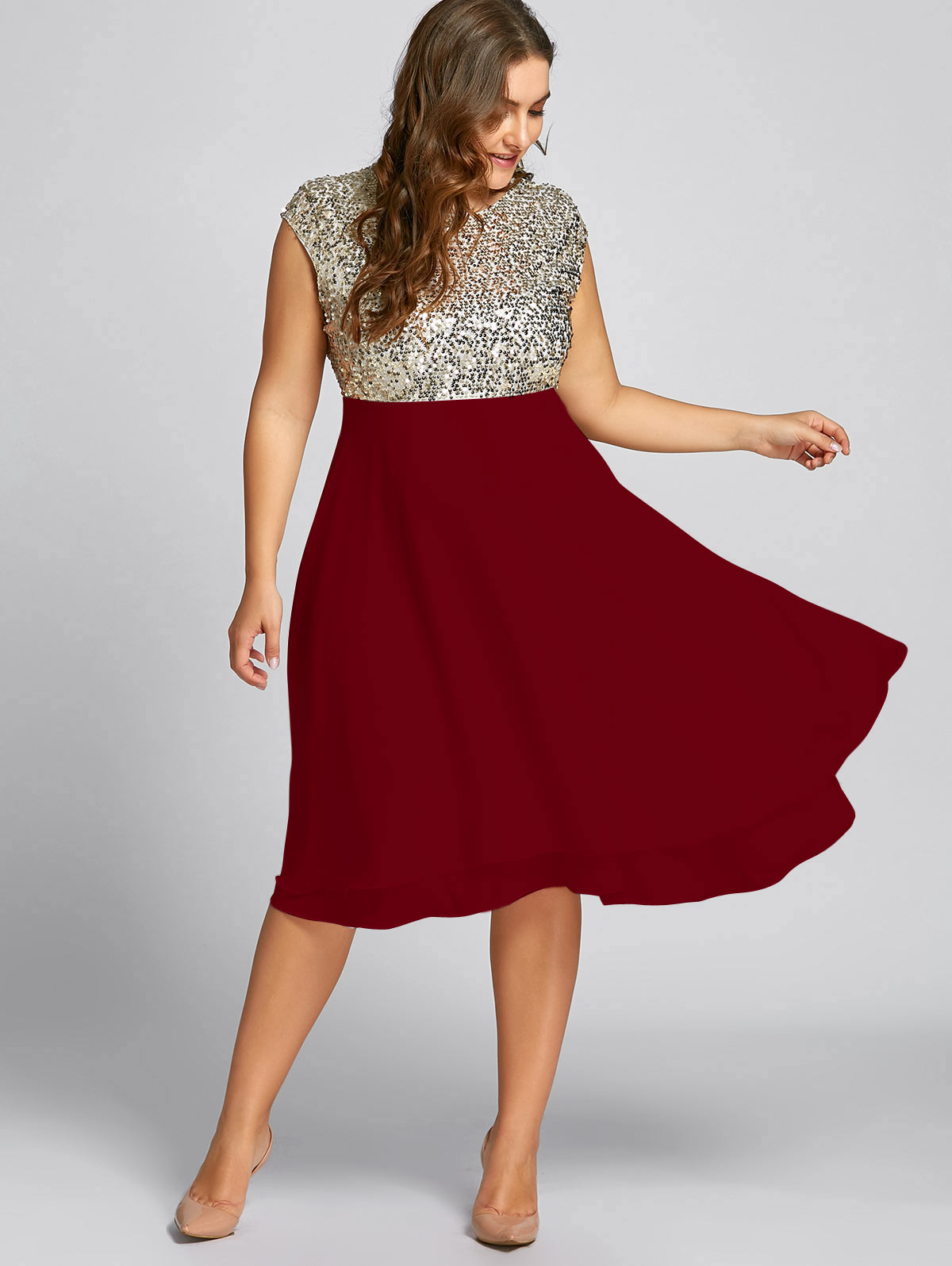 f5723cde924 Gamiss Women Flounce Plus Size Dress Sequin Sparkly Dresses Cocktail Short  Sleeves Party Ball Gown Knee Length Female Vestidos-in Dresses from Women s  ...