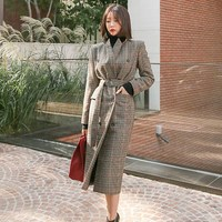 New Autumn Winter Turn Down Collar Women Woolen Coat High Street Fashion Double Breasted Sashes Plaid Coats Long Outerwear
