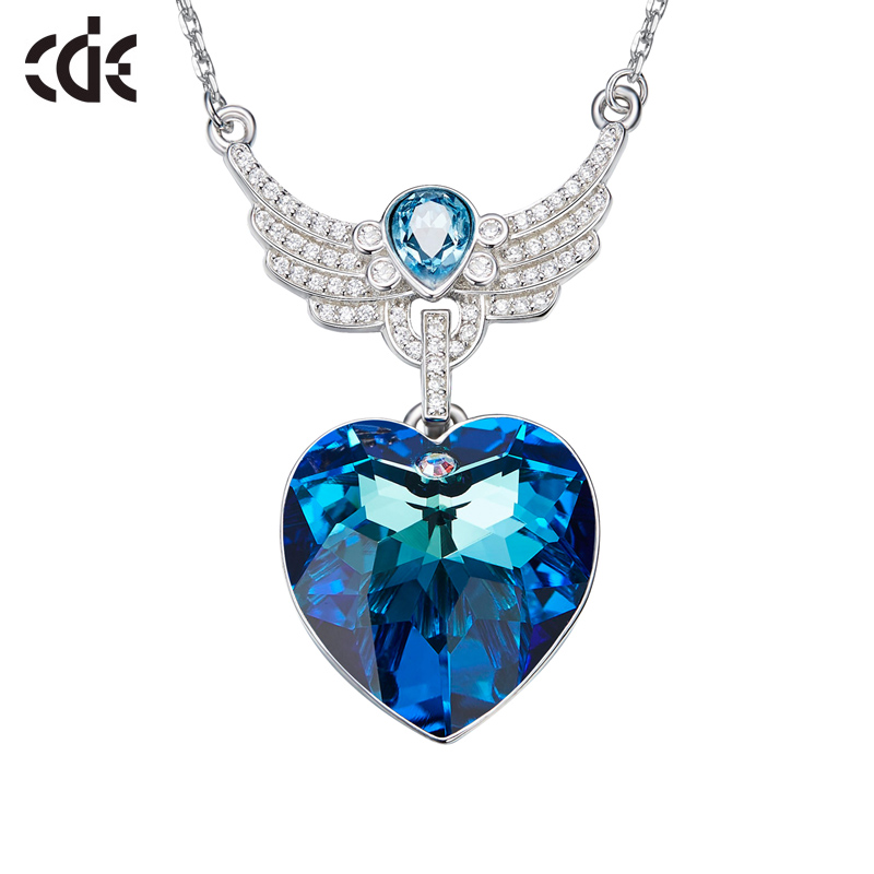 CDE 925 Sterling Silver Necklace Embellished with crystals Heart Pendant Crystal Chain Collares
