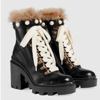 Лидер продаж 2018, женские зимние ботинки, Зимние ботильоны на плоской подошве с металлической цепочкой и Пчелой, женские Роскошные зимние бо
