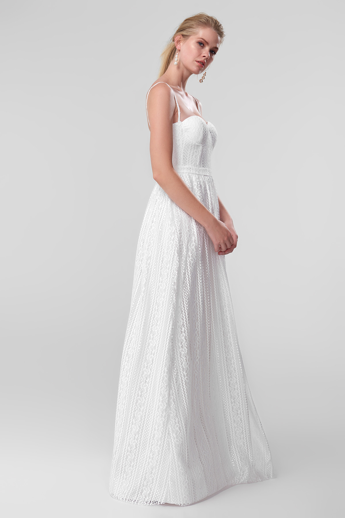 a22795f36 Aliexpress.com : Buy Trendyol White Lace Evening Dress TPRSS18FZ0170 from  Reliable Dresses suppliers on Trendyol Official Store