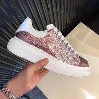 Модная дизайнерская обувь роскошные на танкетке белые туфли толстая подошва кроссовок женщины блестками фаянс Женские Лоферы женские