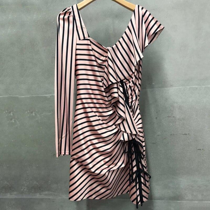 Spaghetti sangle robe femmes Floral mode 2019 printemps robes léopard haute qualité marque imprimé robe femmes