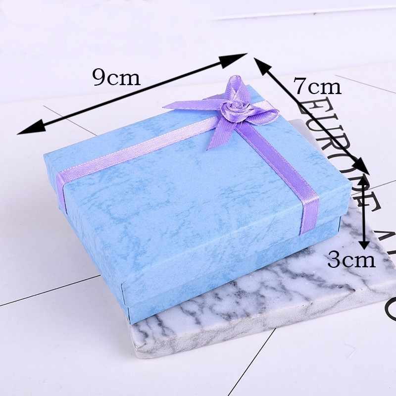 Nieuwe 1 pc Vierkante sieraden organizer box Engagement Ring Voor Oorbellen Ketting Armband Display Gift Box Houder Zwart wit navy c