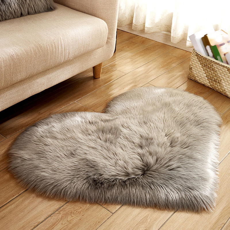 1x Soft Fluffy Bedroom Faux Fur Fake Rugs Heart Shaped
