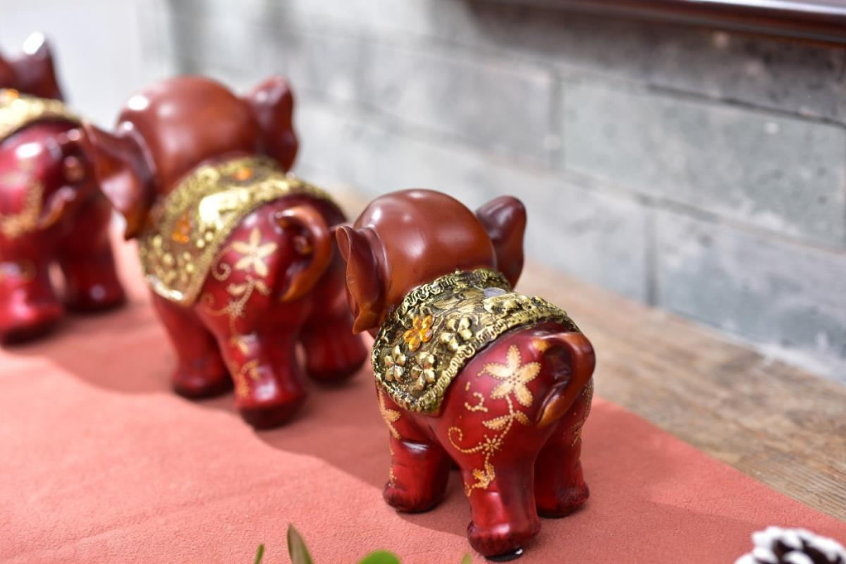3pcs resin creative cute gift three small elephant office study room decoration a pro auspicious three treasures - 6