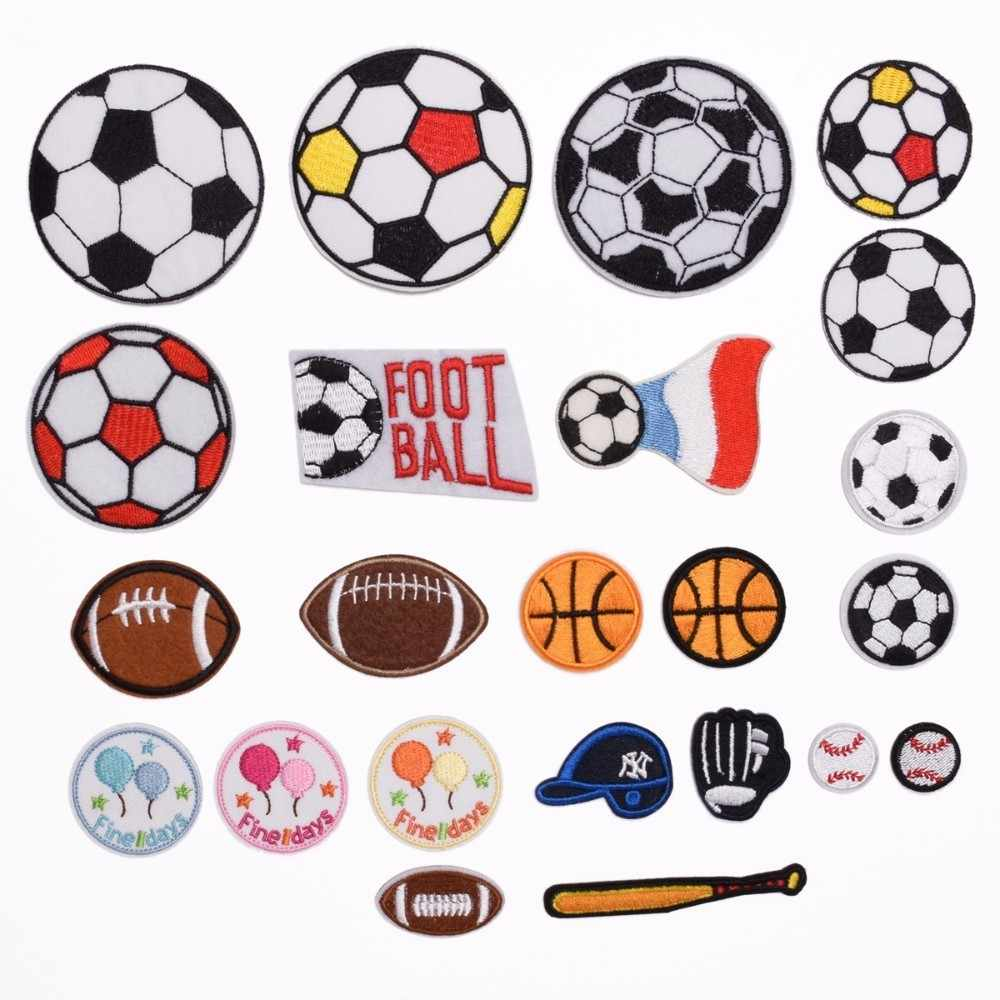 Cartoon Iron On Football Patches Embroidered Soccer Stickers Diy Sport Balls appliques for Jeans Clothes backpack Motif Badge