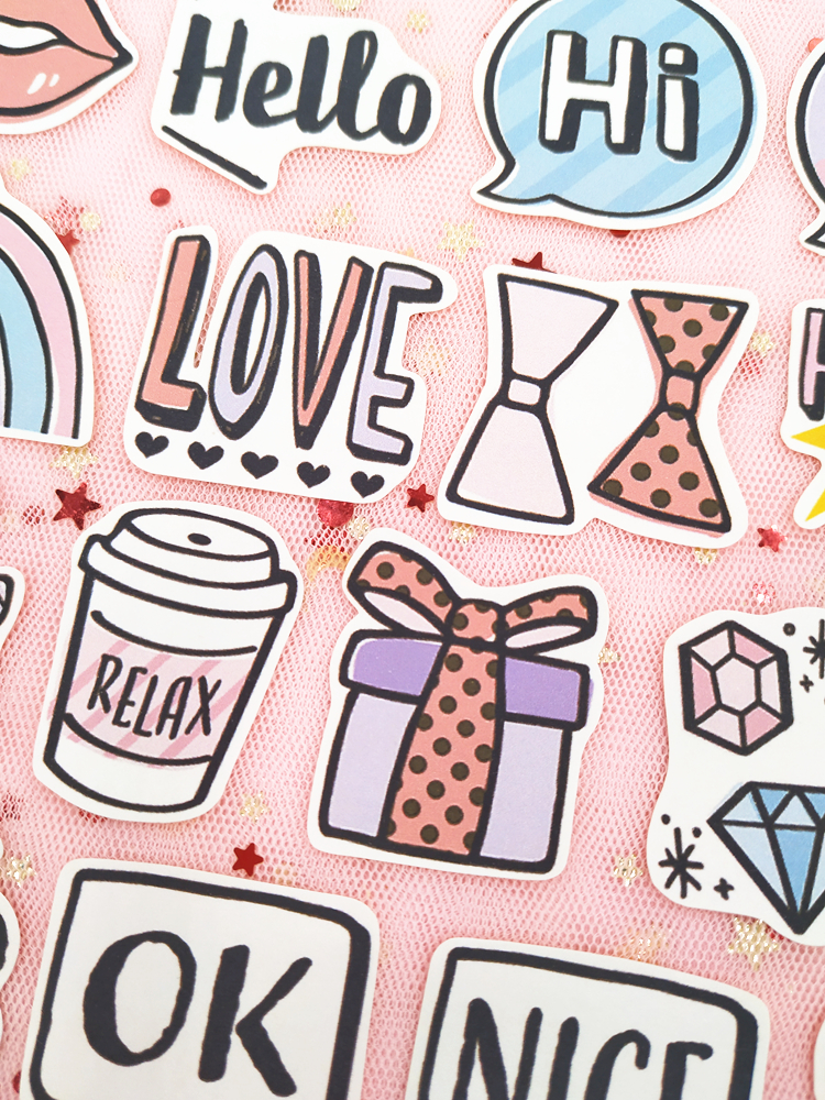 Купить с кэшбэком 33pcs / Pack Ins Retro Girl Dialog Lip Sticker Bag Hand Account Album Decoration Sticker Cute Notebook Diary Phone