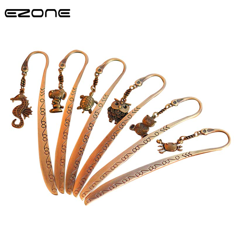 EZONE 1PC Cute Animals Bookmark Sea Horse/Dog/Tortoise/Owl/Bear/Crab Book Holder Metal Pendant Bookmark Message Card Stationery