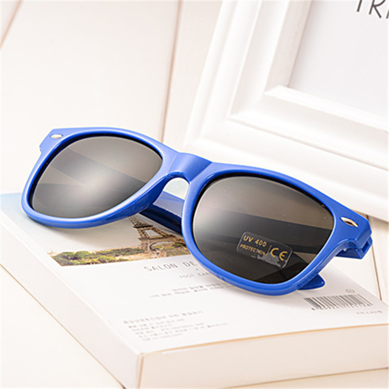 6765a9b5d6c UVLAIK Men Women Sunglasses Retro Classical Sun Glasses Driving Sunglass Female  Male Candy Color Plasic Sunglass Fashion Gift