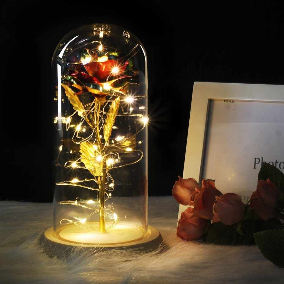 6 Warna Beauty And The Beast Mawar Merah Di Kaca Dome Pada Dasar Kayu untuk Valentine Hadiah LED Rose Lampu Natal