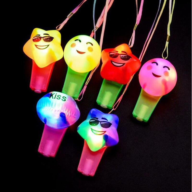 2019 Neue Cartoon Lächeln Gesicht Led Blinkt Pfeife Leuchtenden Pfeifen Anhänger Kinder Beleuchtete Spielzeug Geschenk Geburtstag Glow Party Liefert