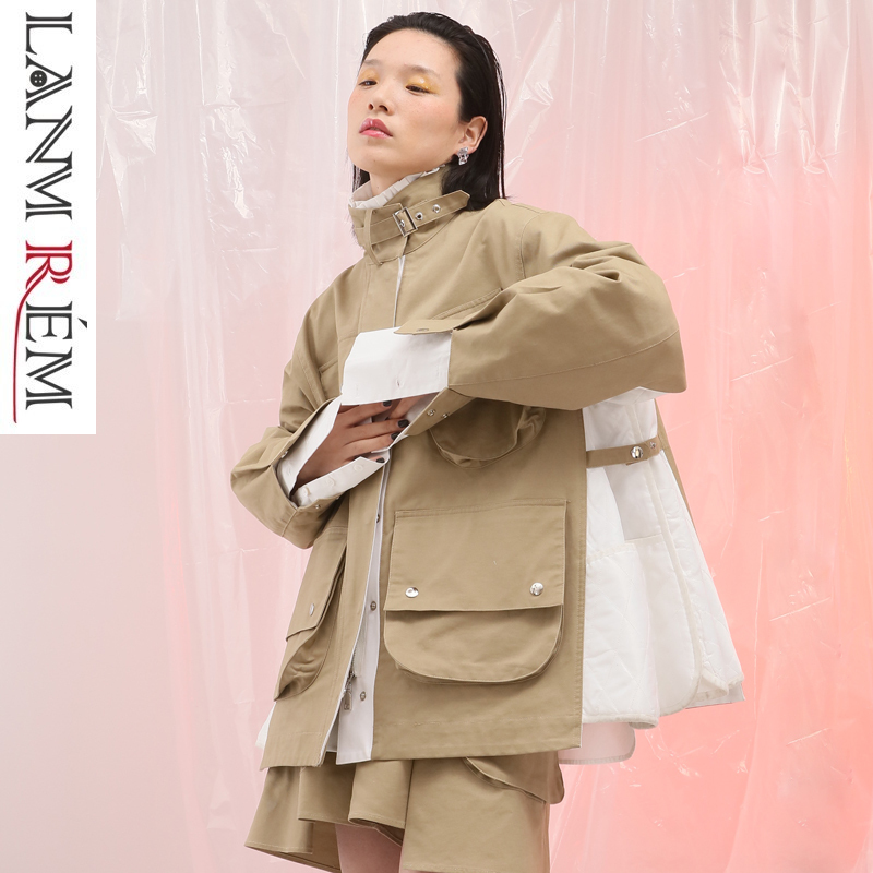 LANMREM 2019 Spring Contrast Color Patchwork Oversize Jacket For Women Stand Collar Double Big Pockets Short