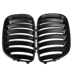 Image 5 - Par preto fosco chrome amortecedor dianteiro grille capa rim esporte grills grille para bmw x5 e53 2004 2006 estilo do carro