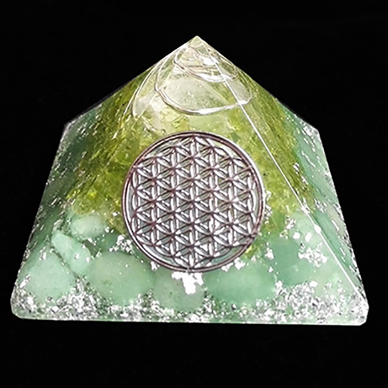 AURA REIKI Anahata Orgonite Aura Crystal Pyramid Peridot Energy Pyramid Chamuel Flower Of Life 9cm Family Decoration Pyramid