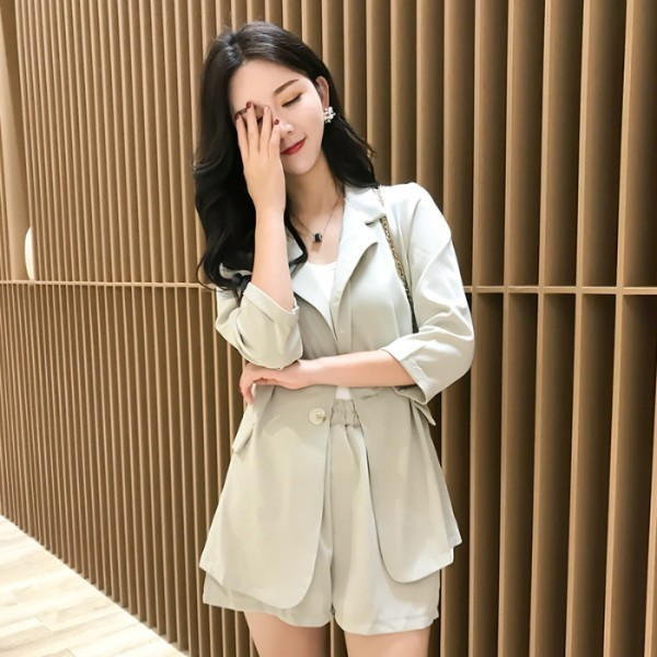 2019 Summer Short Suits Female 2 Pieces Set Tracksuit For Women Loose Blazer & Bow Elastic Waist Short Pant Suits High Quality