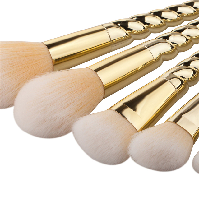 2018 5pcs Eye Shadow Foundation Eyebrow Lip Brush Thread Gold Color Makeup Brushes Tool 2