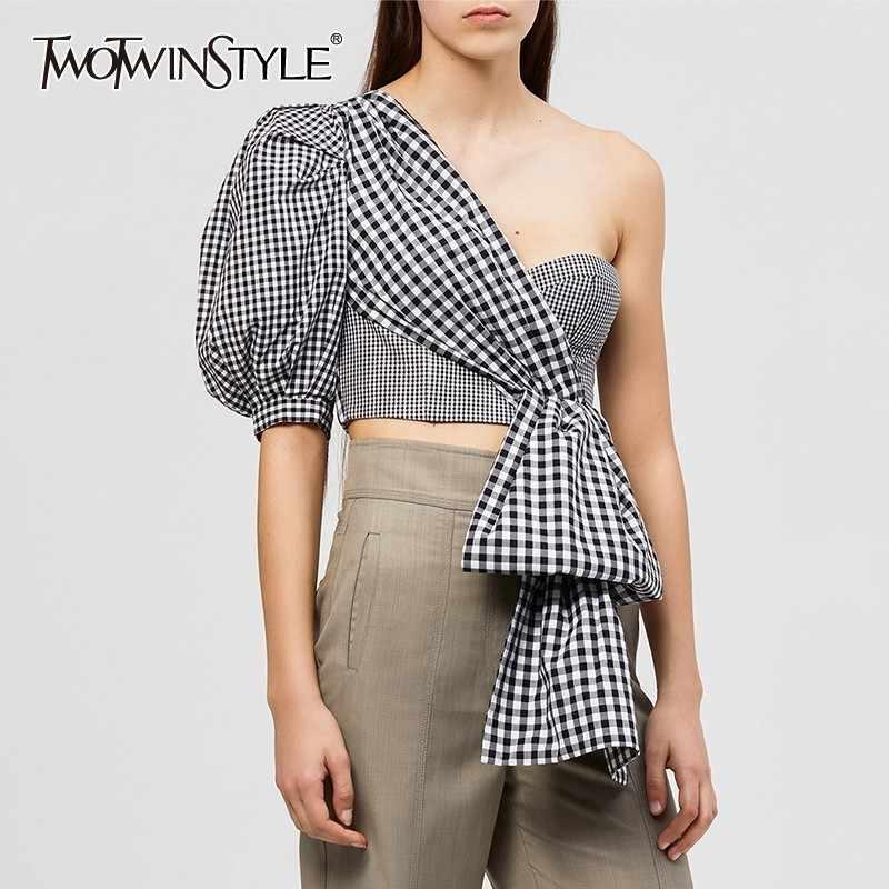 TWOTWINSTYLE オフショルダーのセクシーなチェック柄シャツ女性パフ半袖不規則なクロップトップス女性 2019 ファッション潮