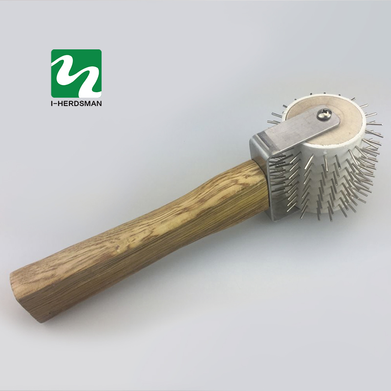1 pcs Beekeeping Wooden Handle Roller Propolis Is Intended To Bee Hives In Bee Propolis Collector Bee-roller Tool