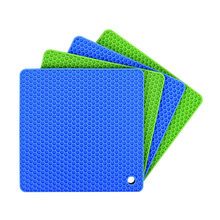 873117d2ef8 4pcs Heat Resistant Mat Non-slip Honeycomb Pattern Silicone Hot Pads Table  Mats Coaster Mat for Bakery Family Kitchen