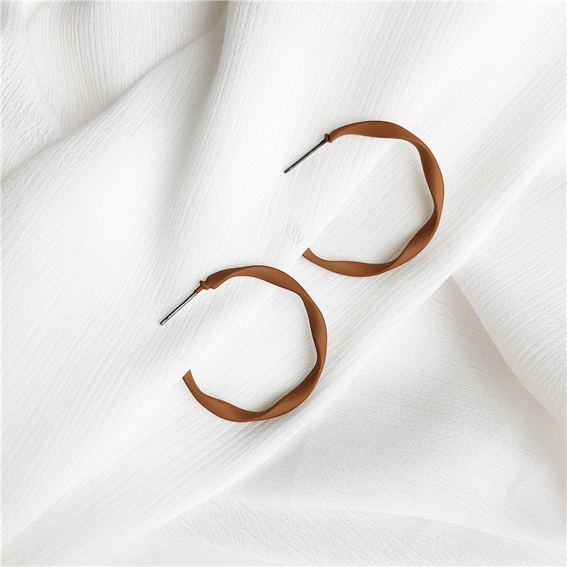 Minimalist All-match Ins Metal Cold Wind stud Earrings For Woman Dumb Light Fog Noodles Texture Personality Semi-circle Ear Nail(China)