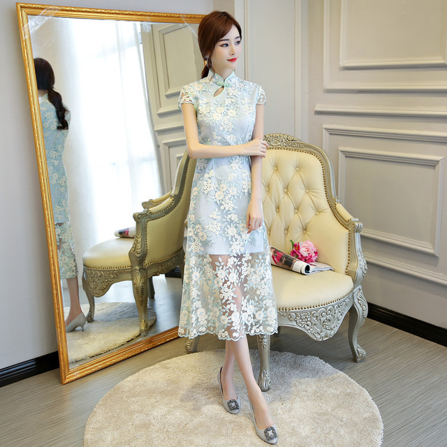 blue Lace Embroidery Cheongsam Traditional Chinese Wedding Dress Qipao  Oriental Style Long Dresses Evening Qi Pao Robe Chinoise 538188da8d05