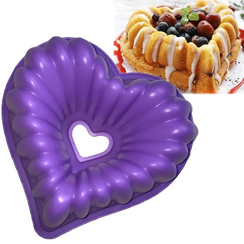 Heart Silicone Non-Stick Cake Tin 2