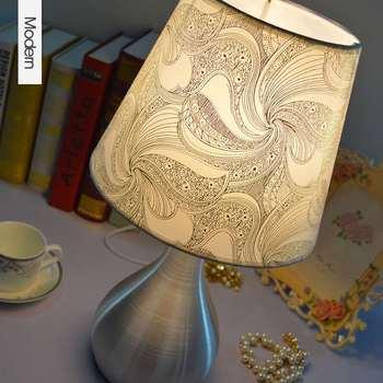 Alluminio moderna ha condotto la lampada da comodino luce for Complementi arredo soggiorno