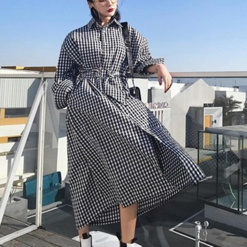 SHENGPALAE 2019 New Spring Full Lantern Sleeve Vintage Turn-down Collar Plaid Waist Belt Loose Big Size Fashion Coat Women OA583
