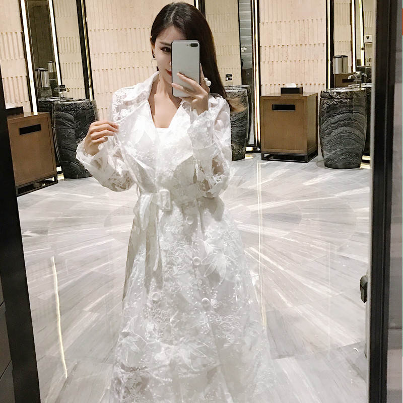 Spring Summer White Lace Embroidered   Trench   High Street Women Coat Fashion Elegant Long   Trench   Ccasaco Feminino Windbreaker